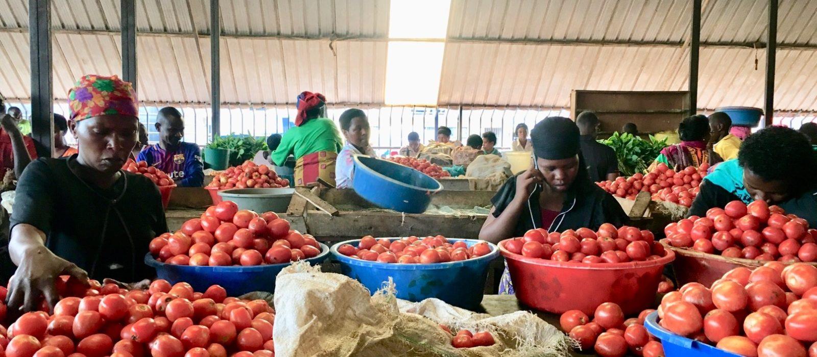 Rwanda_Kigali_Kimironkomarket2