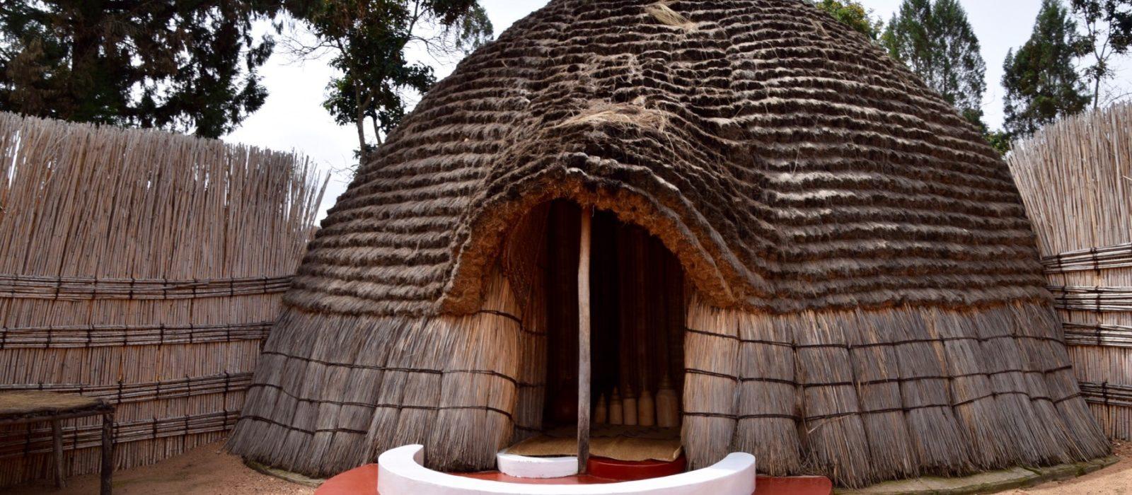 Rwanda_KingsPalace2