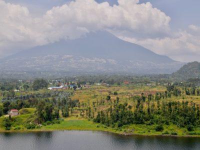 Rwanda_LakeBurera1