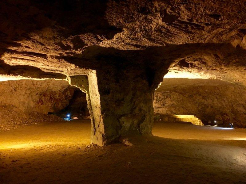 Jerusalem_Zedekiah's Cave3