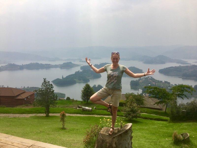 Uganda_LakeBunyony2