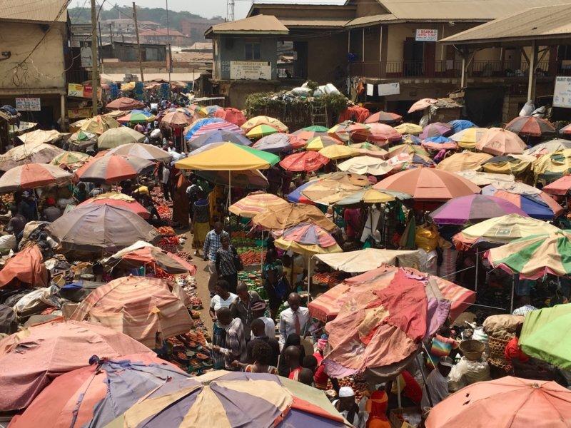 Uganda_Owinomarket1