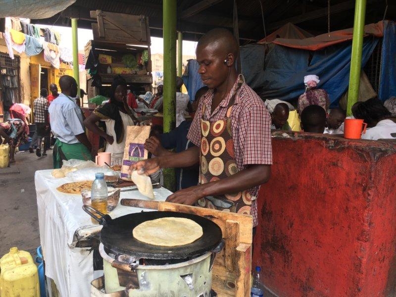 Uganda_Owinomarket2