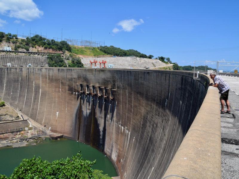 Zambia Kariba Dam3